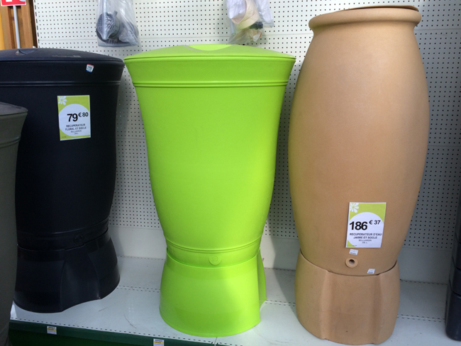 Différents modèles de récupérateur d'eau de pluie