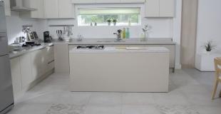 Cuisine blanche : 10 idées déco pour adopter le blanc dans la cuisine