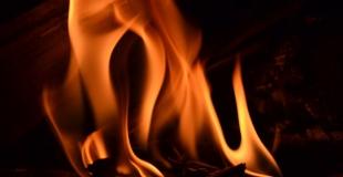 Une cheminée au bio-éthanol : bonne ou mauvaise idée ?