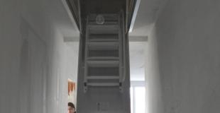 Trappe de visite au plafond : pourquoi et comment en installer une ?