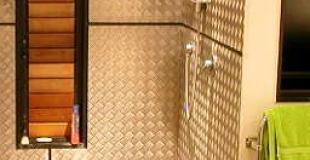 Pommeau de douche qui fuit : changer les joints