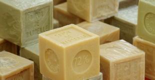 Comment fabriquer du liquide vaisselle maison et écologique ?